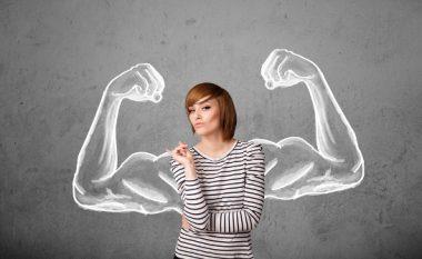 Katër gjërat që një grua e fortë nuk i toleron në një lidhje