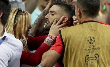 Njihuni me femrën që e puthi Carrasco në finale (Foto)