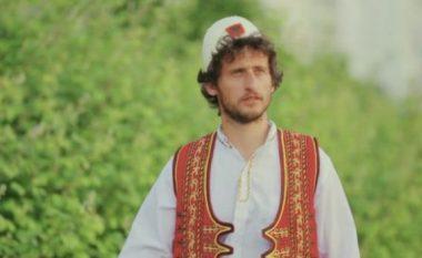 Kastriot Tusha i këndon Ballistit (Video)
