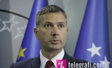 """Çollaku: Korriku mund të jetë muaji """"pa viza"""" për kosovarët"""