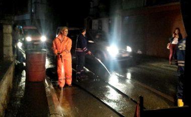 Momentet kur deputetja drenicase pastron rrugët e Prishtinës (Video)