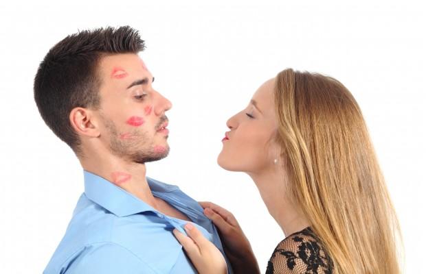 couple-flirting-620x400