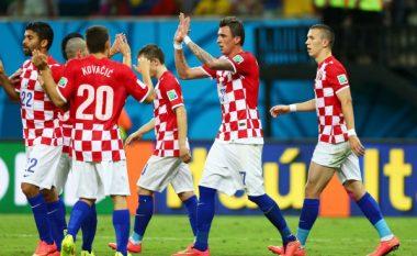 Kroacia publikon listën me një super mesfushë (Foto)