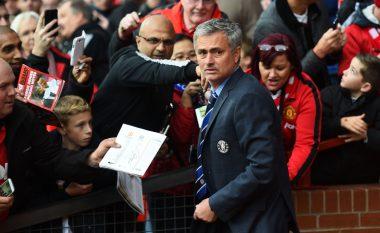 Edhe ky detaj ka mbetur dhe Mourinho zyrtarizohet në United
