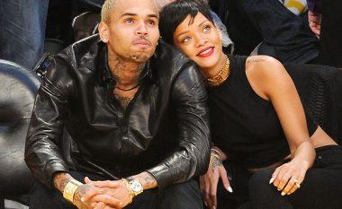 Chris Brown ende e ëndërron Rihannan
