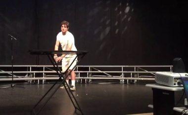 Reagimi i pashpjegueshëm i publikut, pasi një triku të kryer me sukses (Video)