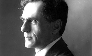 Thënie të gjeniut që kishte 40 mijë libra në shtëpi: Mit'hat Frashëri dhe paradokset shqiptare