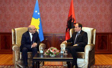 Presidenti Nishani uroi kryeministrin Mustafa për marrjen e rekomandimit për liberalizimin e vizave