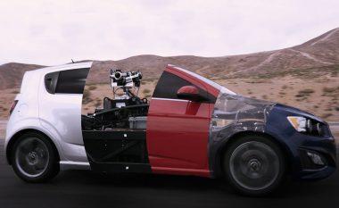 Koncepti që do të ndryshojë mënyrën e reklamimit të veturave (Video)