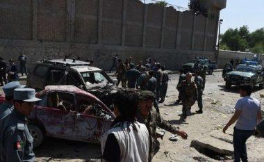 Kamikazi vret 40 policë në Kabul