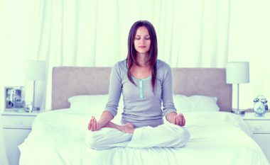 Gjërat që duhet t'i bëni në mëngjes për të qenë më të shëndetshëm