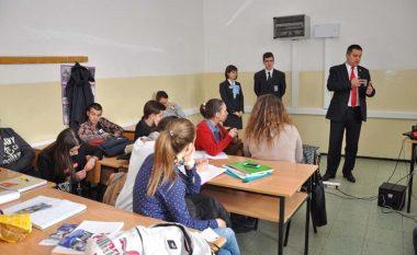 Panik në shkollat e mesme të Strumicës, nuk ka nxënës për në vit të parë
