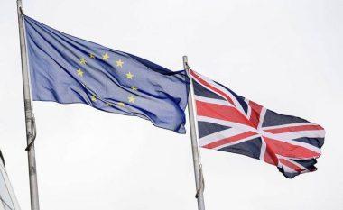 Britanikët po kërkojnë një referendum të dytë