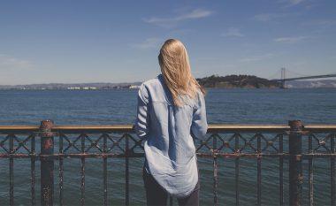 Shtatë sjelljet që duhet të përqafoni për të qenë më të lumtur