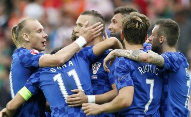 Mourinho e kërkon me ngulm yllin kroat (Foto)