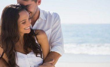 Dhjetë gjërat që duhet të bëni për të pasur një marrëdhënie pozitive në çift