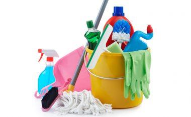 Si të pastrosh mjetet e pastrimit të shtëpisë