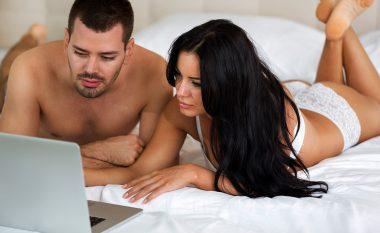 Kur shikohet pornografia më së shumti