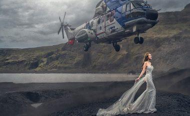 Momenti kur helika e helikopterit, për pak sa nuk e godet nusen që pozonte para aparatit (Foto/Video)