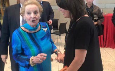Jahjaga takon Albright, diskutojnë për sfidat me të cilat po përballet Kosova