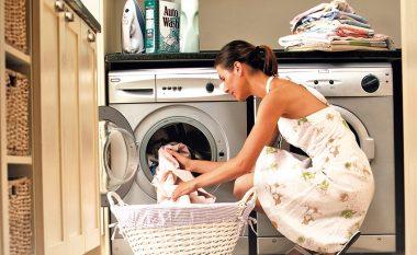 Dhjetë arsye përse duhet të përdorni uthullën për larjen e rrobave