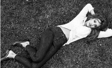 Xhinset të cilat të gjithë do t'i doni: Jessica Alba ka dizajnuar modele xhinsesh seksi për damat