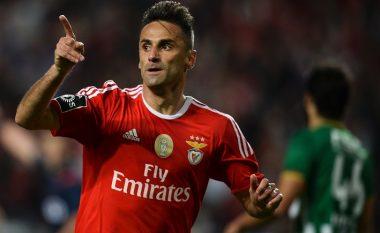 Barcelona dëshiron transferimin e sulmuesit veteran
