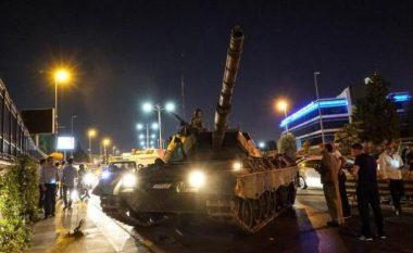 """Mediat turke: Ish-gjenerali i NATO-s është """"truri"""" i tentimit për grusht-shtet në Turqi!"""