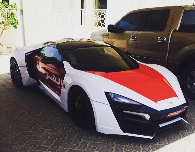 Veturat e reja të Policisë në Abu Dhabi kushtojne nga 4.3 milione dollare foto 2