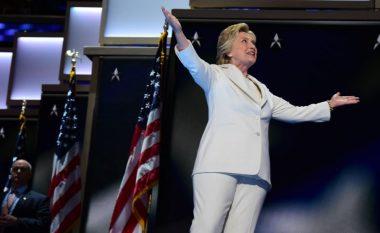 Clinton bën historinë si kandidatja e parë femër për president