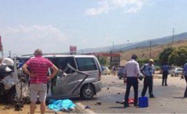Aksidenti rëndë në rrugën Gjirokastër-Tepelenë, dy të vdekur