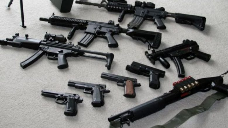 Kosovarët të rrezikuar nga numri i madh i armëve ilegale