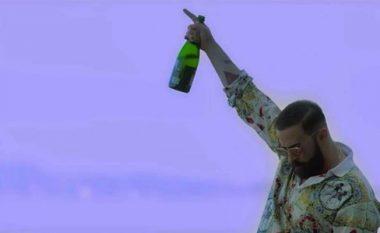 """""""Të lagi me shampanjë"""" e ka 'shkruar' Goethe! (Foto/Video)"""