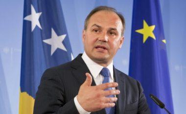 Dy vende janë në prag të njohjes së Kosovës