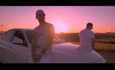 DJ Flow dhe Young Zerka vijnë me ritme verore (Video)