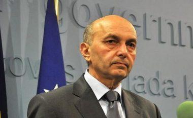 """Mustafa: """"Ekspertët-profesorë"""" po gënjejnë, nuk ka fakte se po humbim territor"""