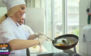 Shikoni si gatuan Luana Vjollca (Video)