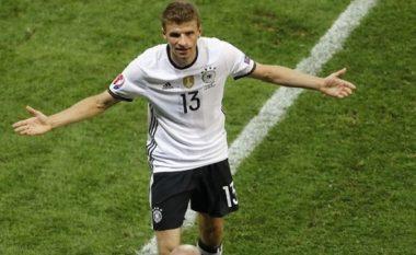 Muller optimist para duelit me Italinë