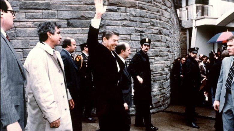 Lirohet atentatori i Ronald Regan: Këto janë 10 atentatet e dështuara që mund të ndryshonin historinë