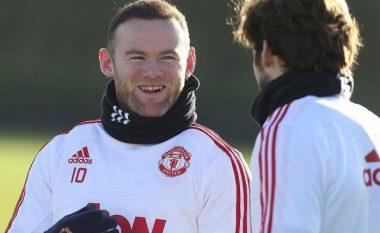 Cilët janë lojtarët më të shpejtë dhe më të ngadalshëm te Unitedi, sipas Rooneyt (Video)