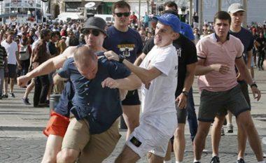 Dhuna në Euro 2016, një tjetër dënim për tifozët rusë