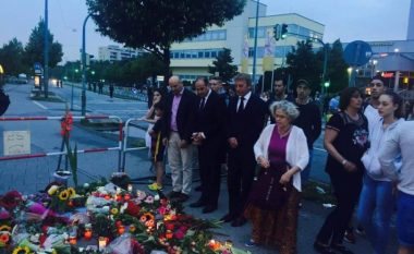 Hoxhaj viziton familjen Segashi në Munih, vendos lule në vendin e sulmit