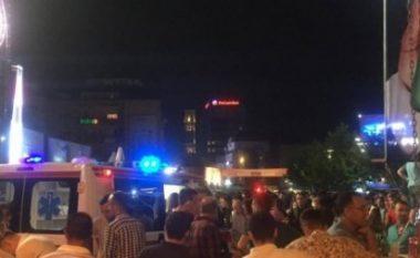 Flasin dëshmitarët kaosit në qendër të Prishtinës: Disa janë alivanosur disa janë shkelur nga turma (Video)