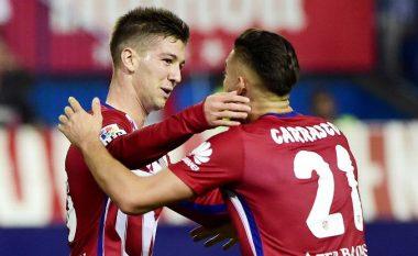 Zyrtare: Sevilla nënshkruan me sulmuesin e Atleticos (Foto)