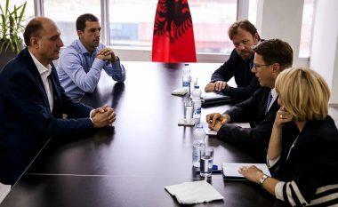 Ymeri në takim lamtumirës me Zhbogarin, diskutuan për Demarkacionin