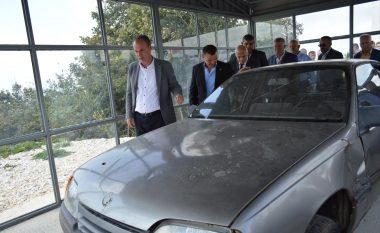 Në Kleçkë, ekspozohet vetura e Komandant Kumanovës