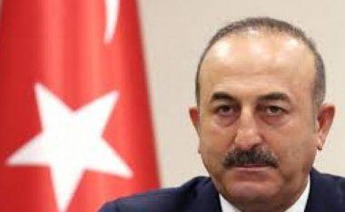 Cavusoglu kërkon nga BE heqjen e sistemit të vizave nga 1 tetori