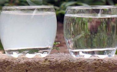 Si ta hiqni klorin nga uji?