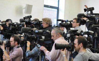 35 gazetarë të sulmuar në Maqedoni deri tani, autoritetet heshtin