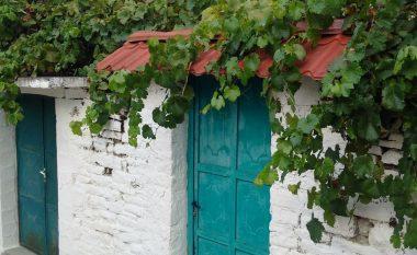 Përmeti mikpritës: Qyteti jugor i Shqipërisë, ku dyert nuk kyçen asnjëherë (Foto)